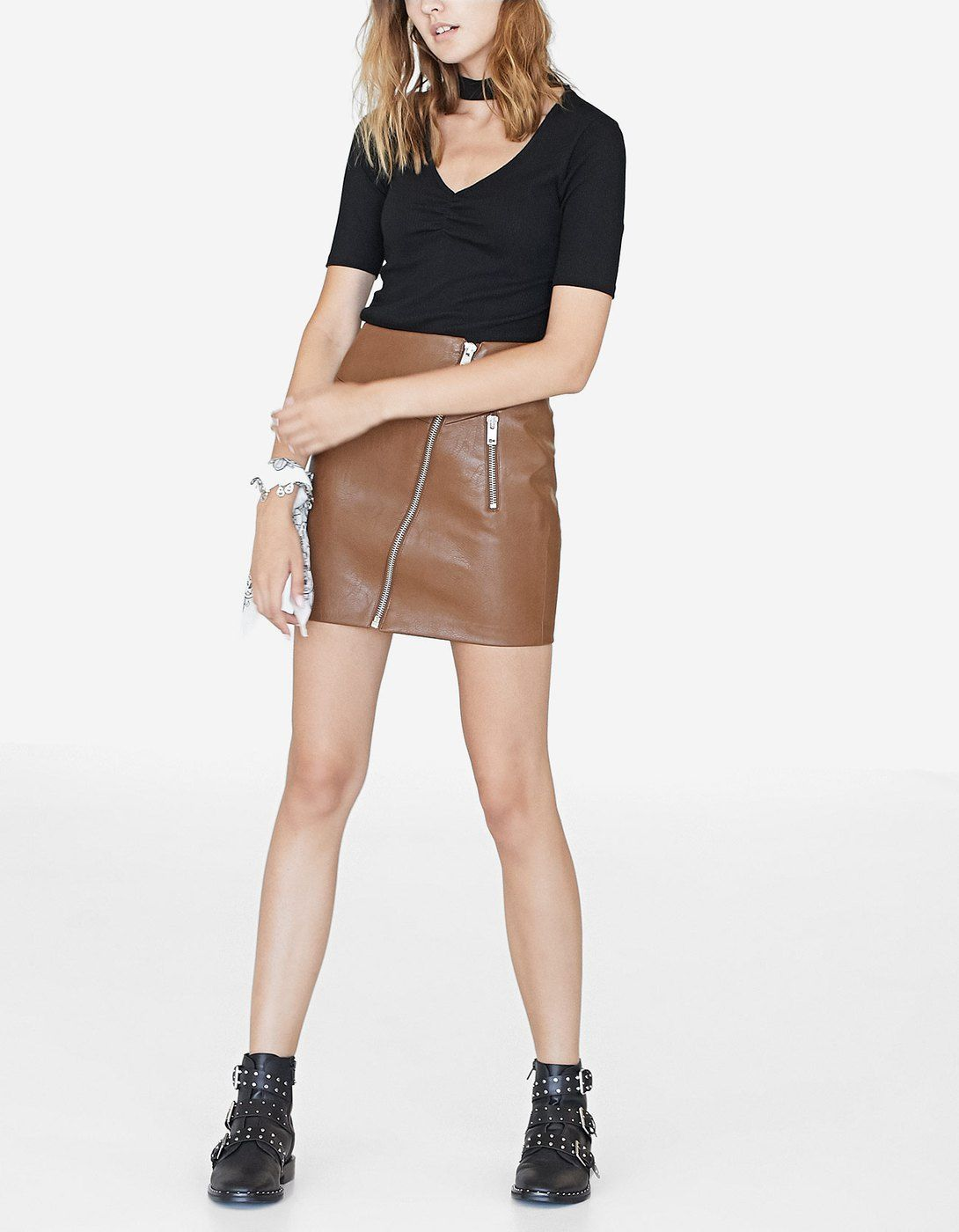 cb6f17c4548a At Stradivarius you'll find 1 Faux leather skirt with diagonal zip for just  79.9