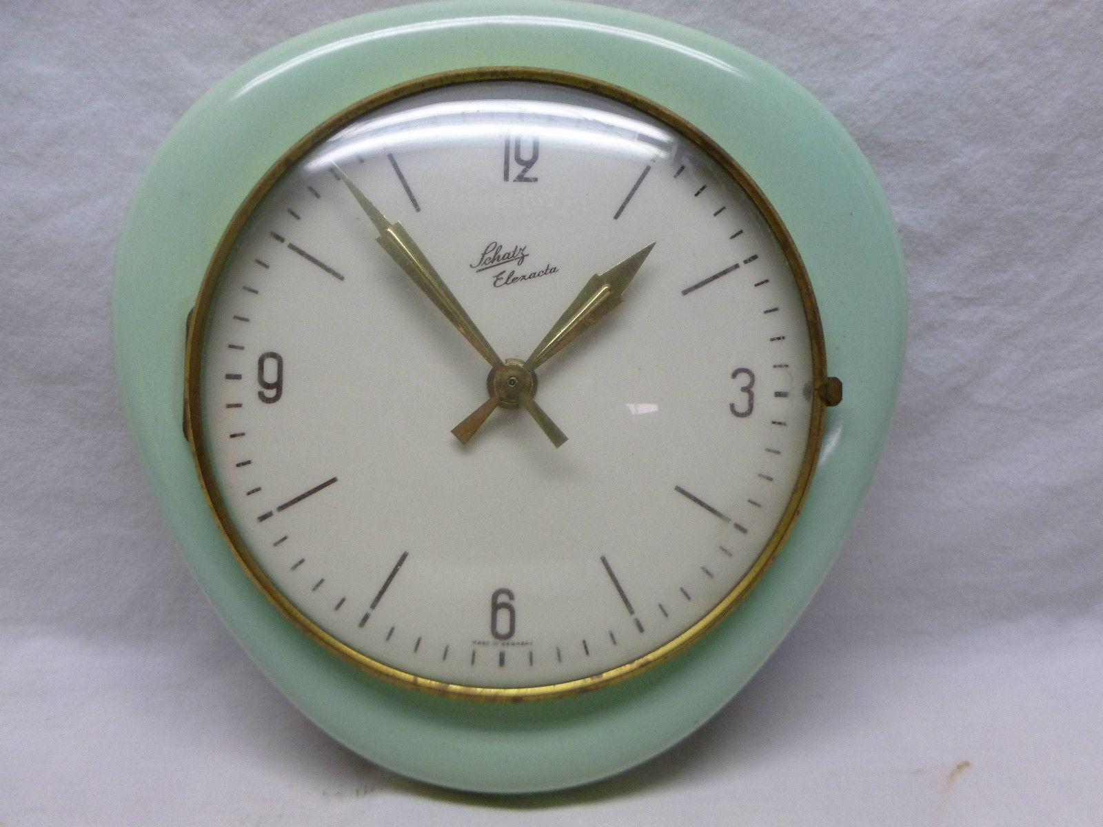 Elexacta Clocks