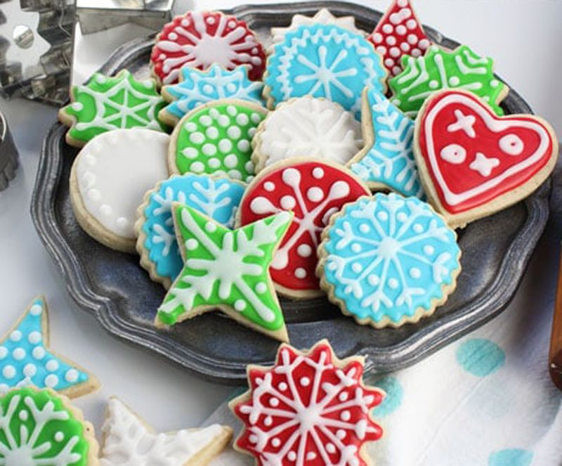 Stop Everything And Eat These 10 Vegan Christmas Cookies Immediately