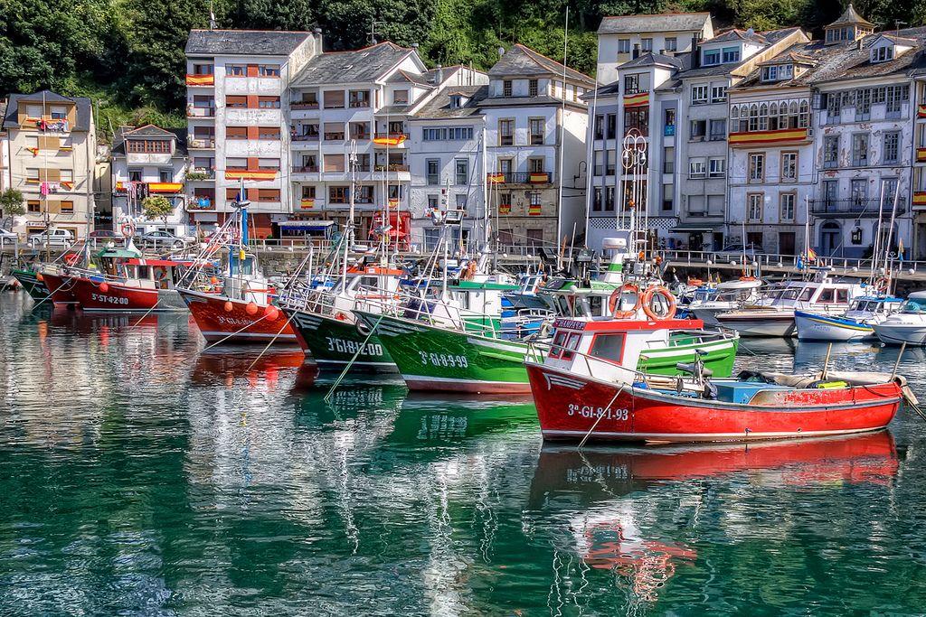 Fishery Harbour Puerto Pesquero, Luarca Asturias HDR