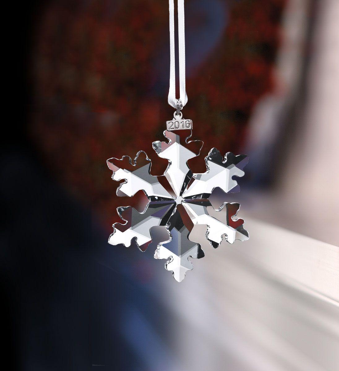 8a5d28932bdbf5 Swarovski 2016 Annual Edition Ornament