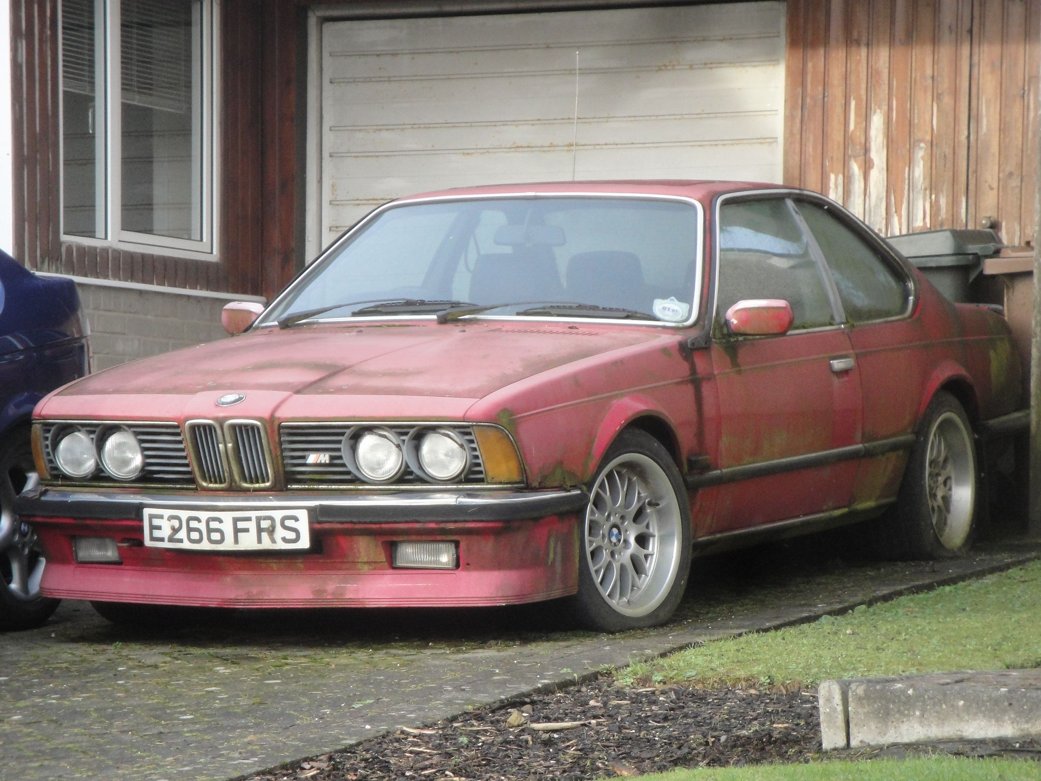 bmw m635 csi abandoned chef d oeuvre en peril. Black Bedroom Furniture Sets. Home Design Ideas