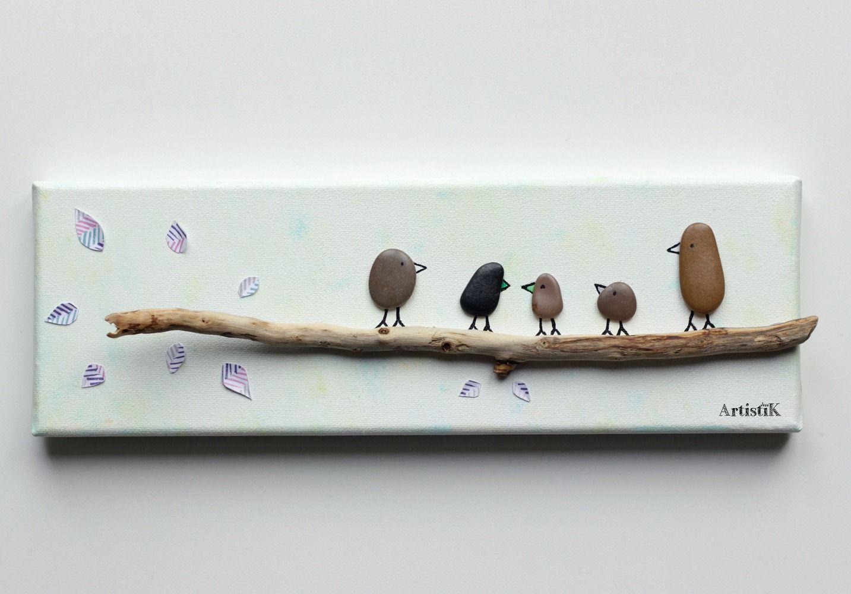 Tableau galets bois flott oiseaux famille fond blanc et for Tableau bois flotte