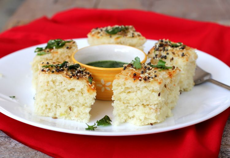 Rava dhokla steamed gujarati snack recipe pinterest gujarati indian food recipes food and cooking blog forumfinder Choice Image