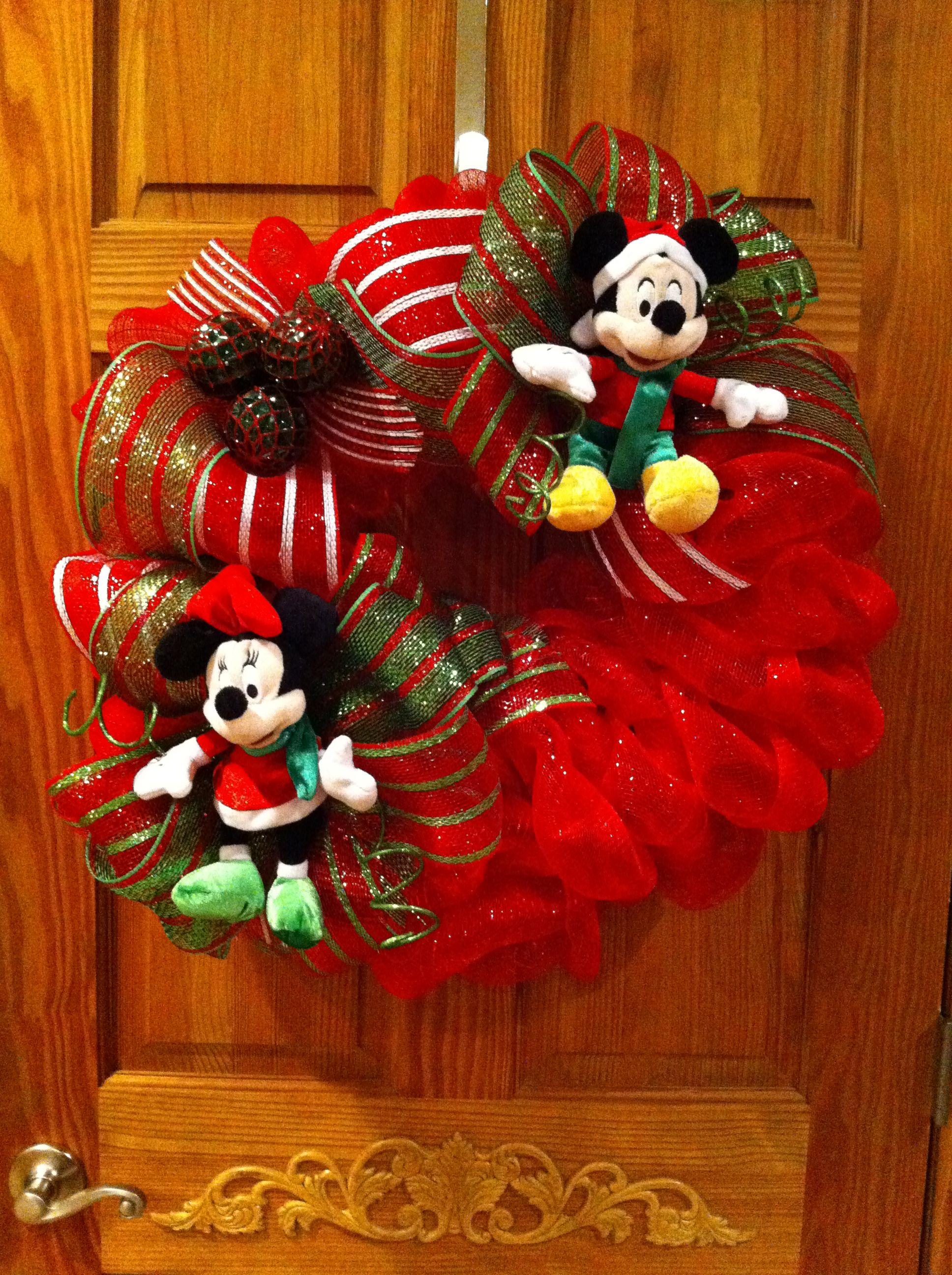 Christmas Disney Mickey & Minnie Mouse Wreath | Wreaths ...