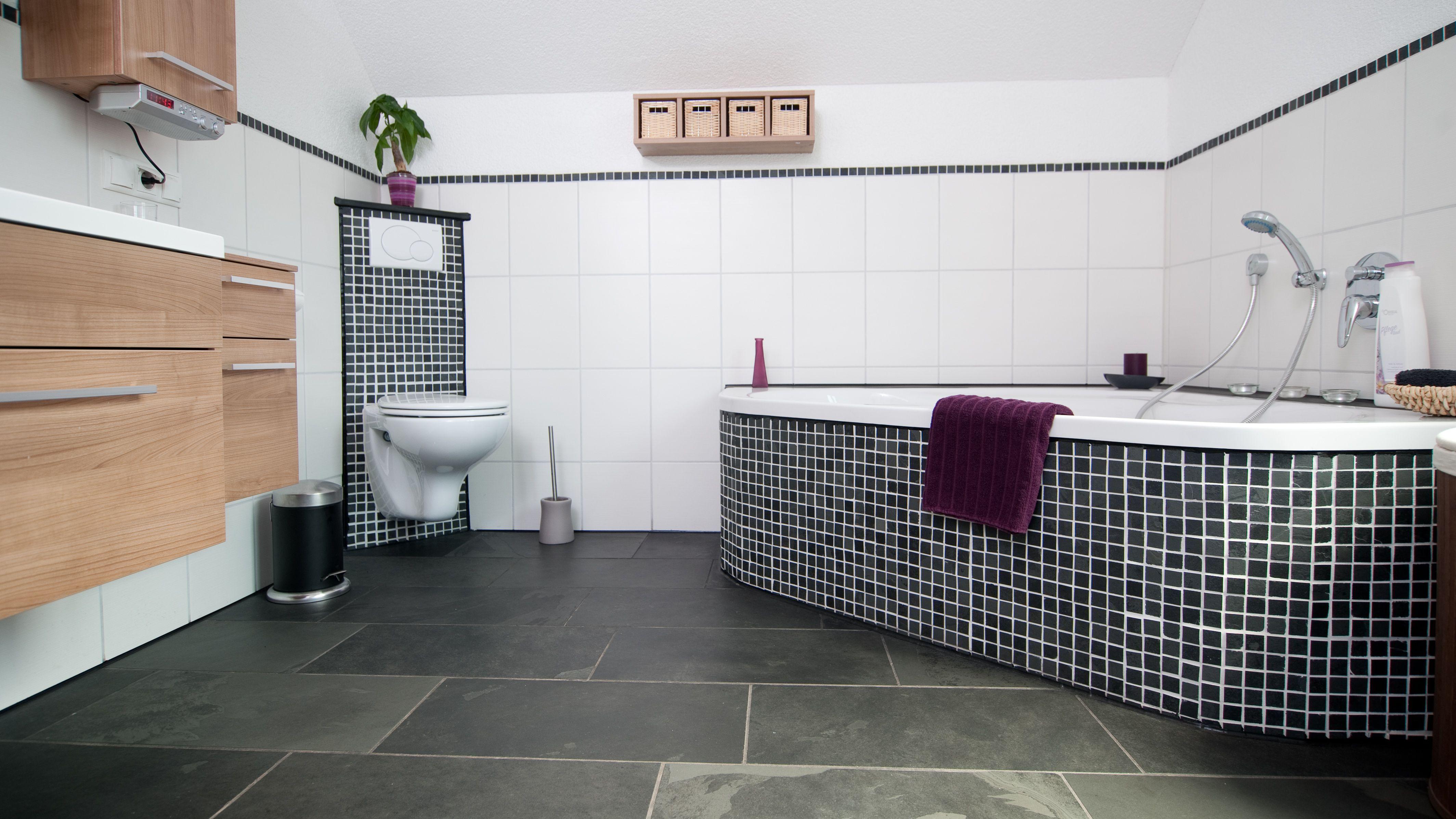 Badezimmer Fliesen Mosaik Grau Brilliant Badezimmer Fliesen Mosaik