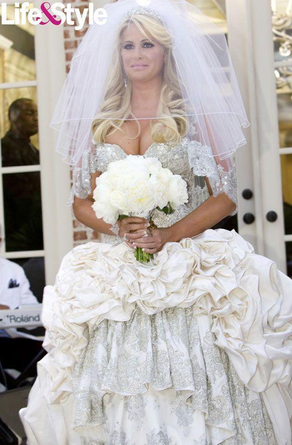 Real Housewife of Atlanta, Kim Zolciak\'s first wedding dress - a ...