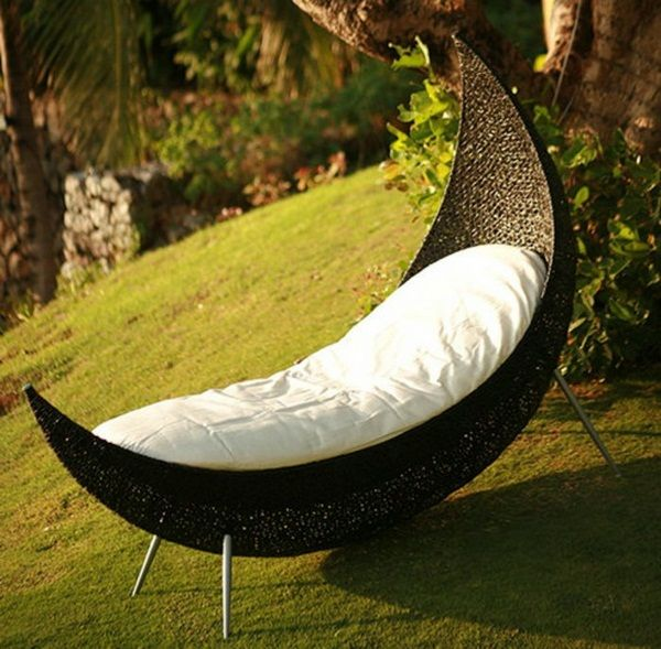 Stylish Lounge Chair For More Comfort And Tranquility In Your Outdoor Area Contemporary Outdoor Chairs Contemporary Outdoor Best Outdoor Furniture