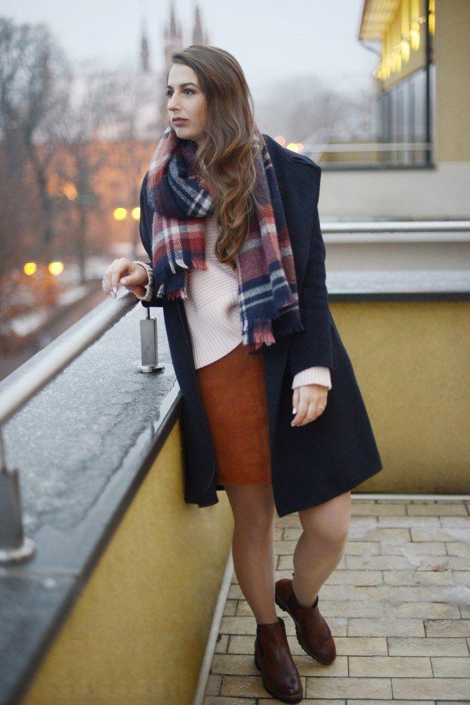 Casual autumn syle / Zara coat, Promod scarf, H&M skirt, Miss Selfridge sweater, Tamaris boots