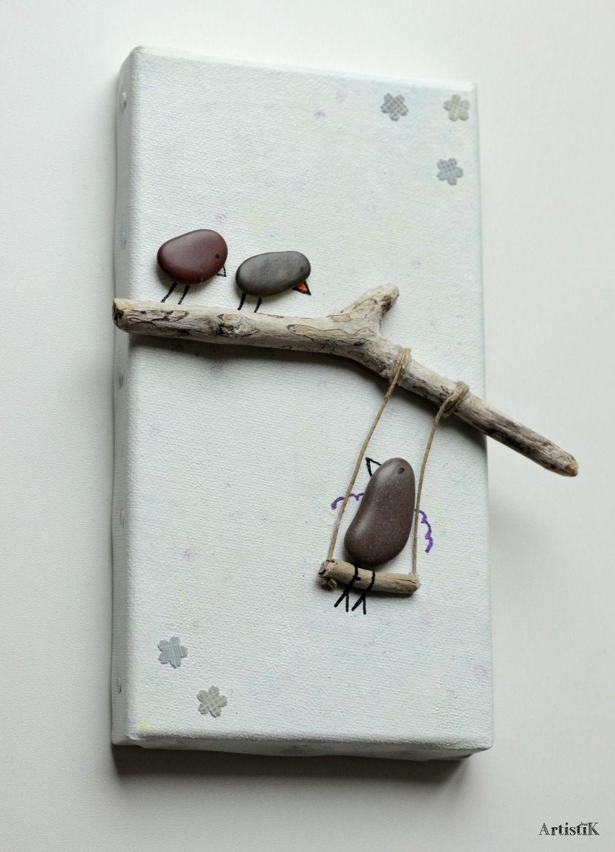 Tableau galets oiseaux bois flott fond blanc touches for Branche bois flotte blanc