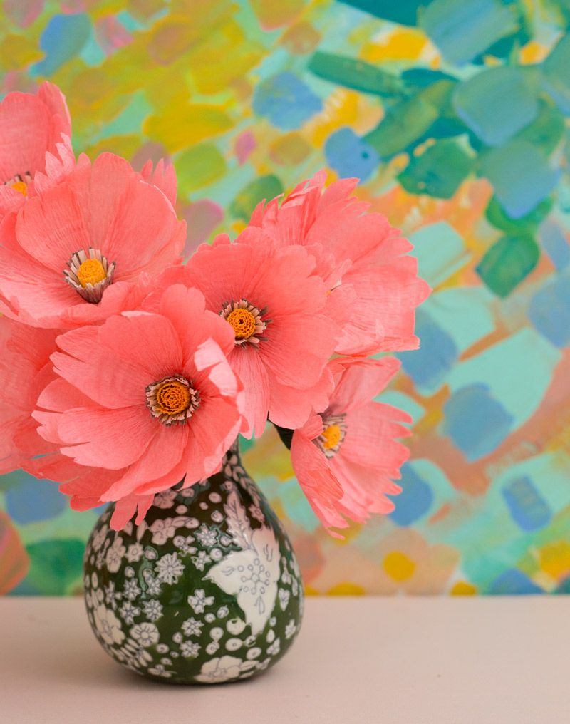 Smhow to make paper flowers appetitepaper how to make paper flowers video mightylinksfo