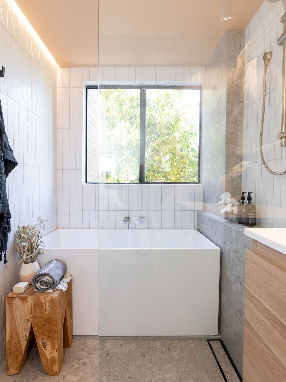 3 things to know before starting a bathroom reno #bathroomrenoideas