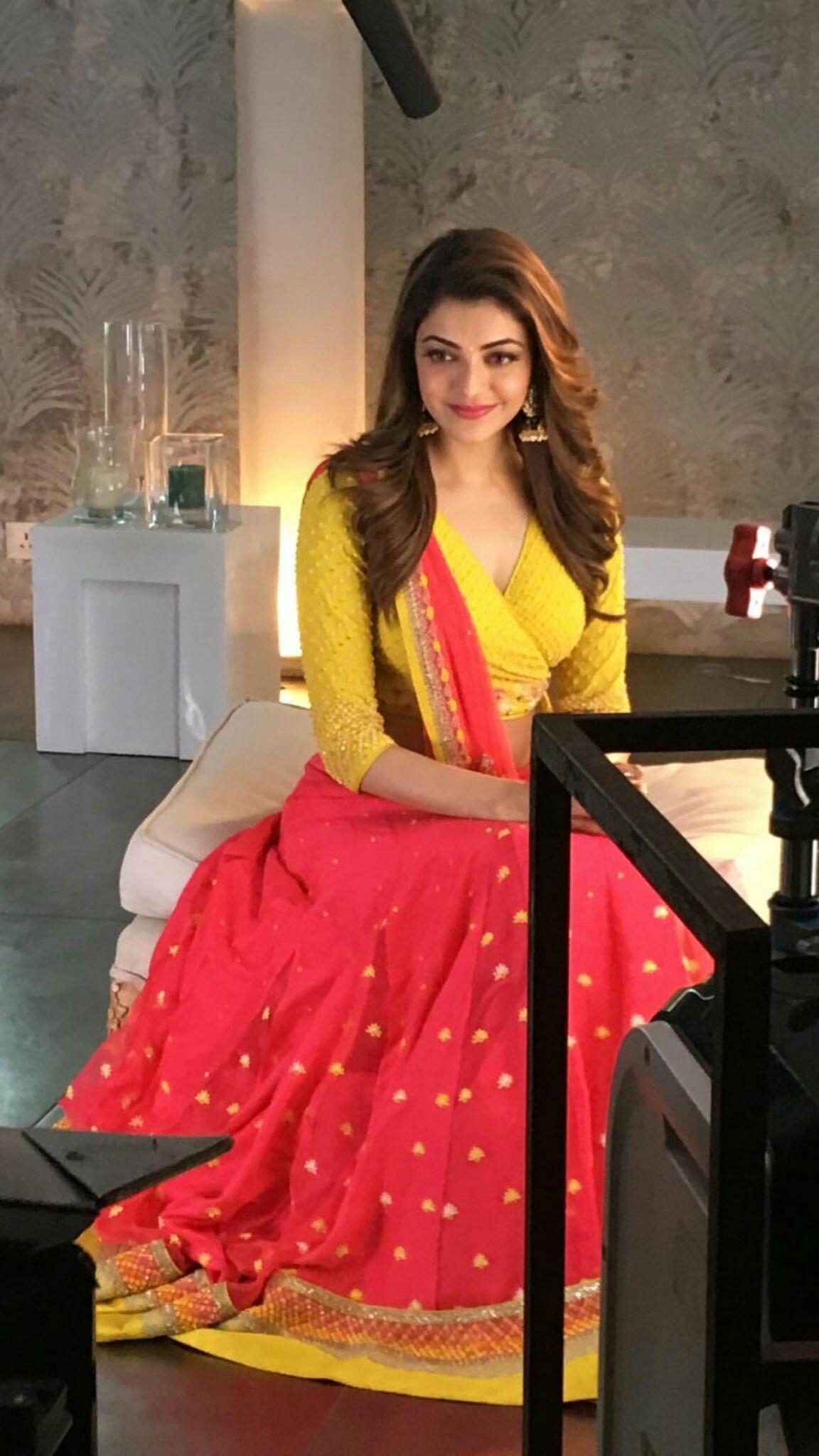 Kajal Aggarwal Looking Beautiful In Latest Photoshoot Beautiful Indian Actress Kajal Agarwal Saree Indian Celebrities