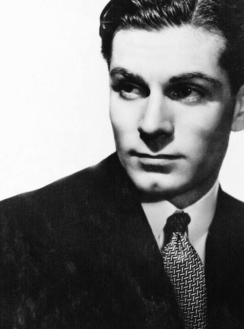 the great Laurence Olivier later Sir Laurence Olivier
