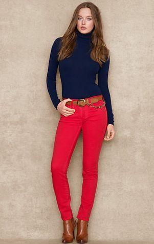 Resultado de imagen para pantalon rojo | Moda rojo, Pantalon