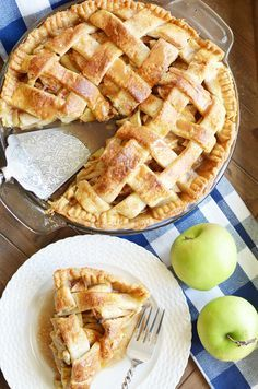 Paula Deen's Apple Pie Recipe - Something Swanky D