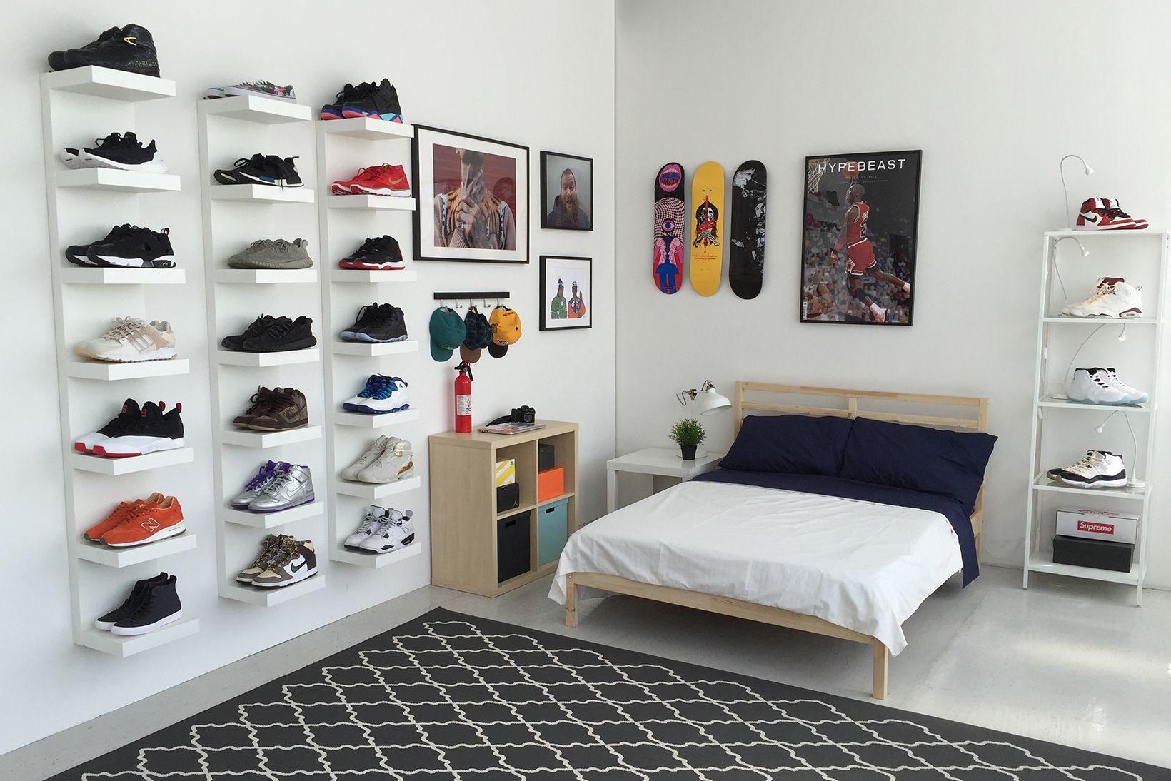 Ikea Schlafzimmer Teenager Ikea And Hypebeast Design The Ideal Sneakerhead Bedroom Zimmer