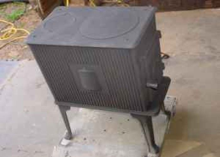 Image detail for -Wood Stove Small Reginald 101 - $150 (Suffield) for Sale - Image Detail For -Wood Stove Small Reginald 101 - $150 (Suffield
