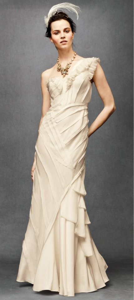 Want A Sneak Peak Of The New Anthropologie Wedding Dress Collection I Have The Pics Everyone S Dying To See Anthropologie Wedding Dress Wedding Dresses Cheap Wedding Dress
