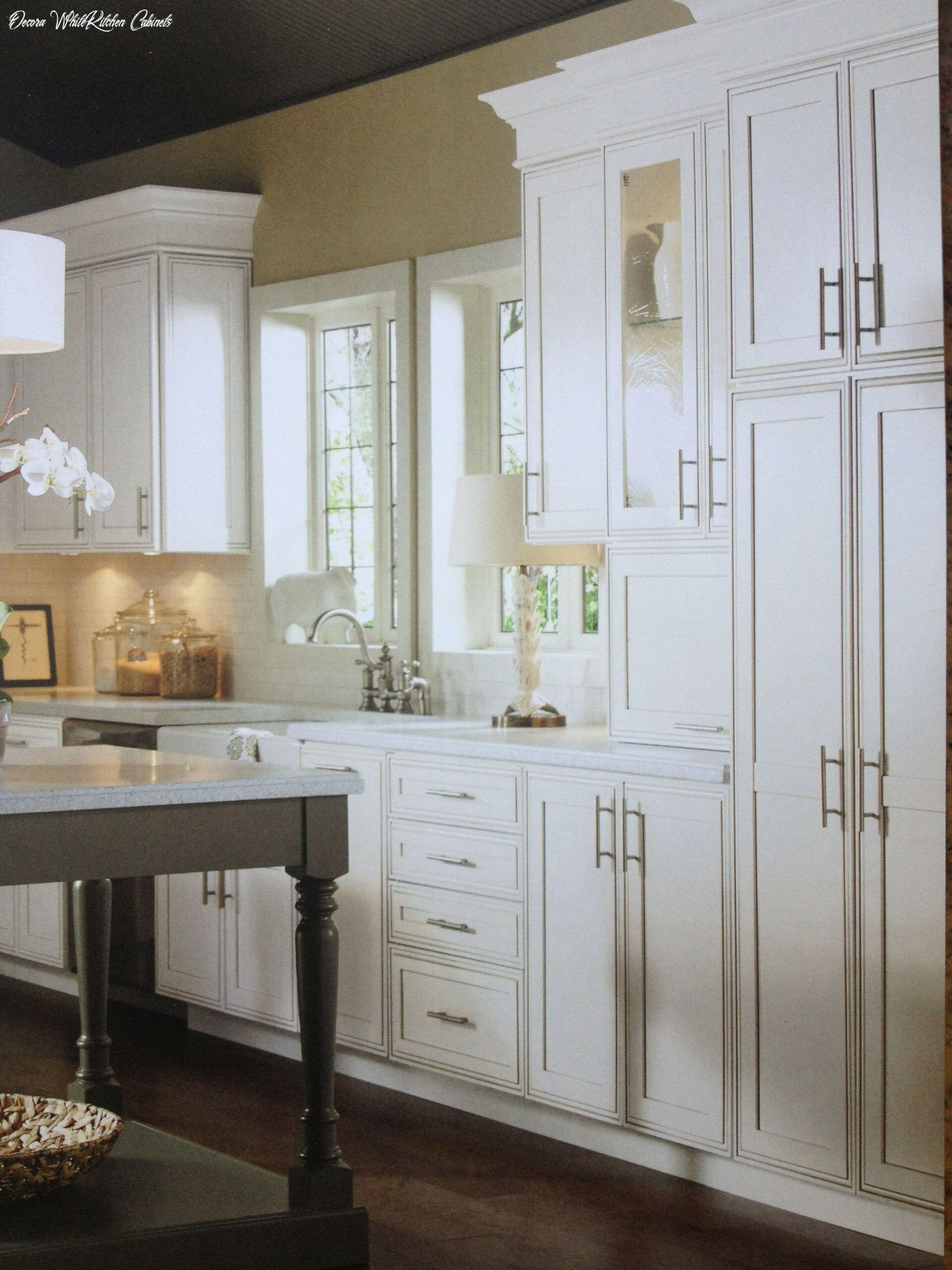 Decora White Kitchen Cabinets In 2020 Decora Cabinets Kitchen Cabinet Door Styles Contemporary Cabinets