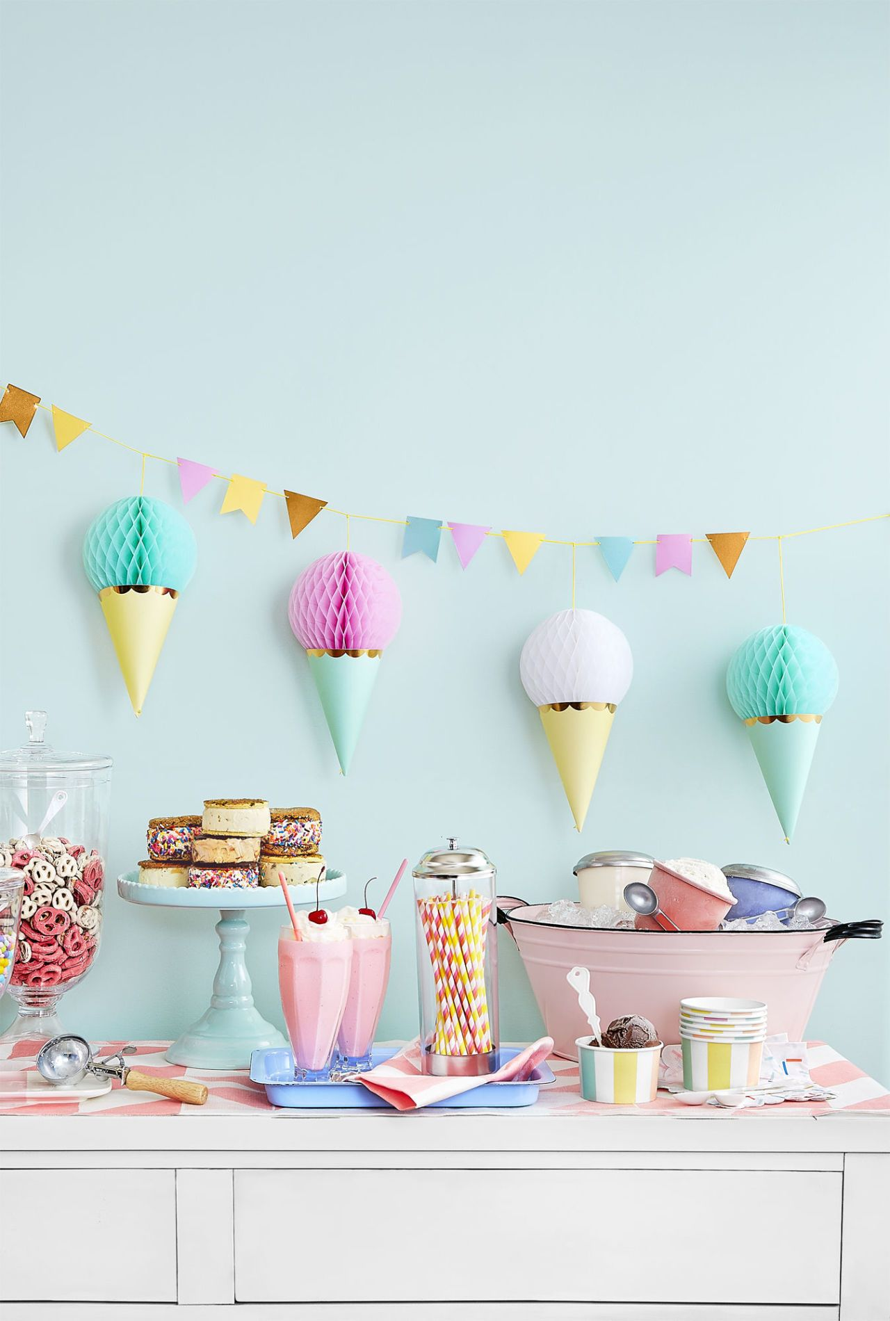 37 Creative Baby Shower Food And Decorating Ideas