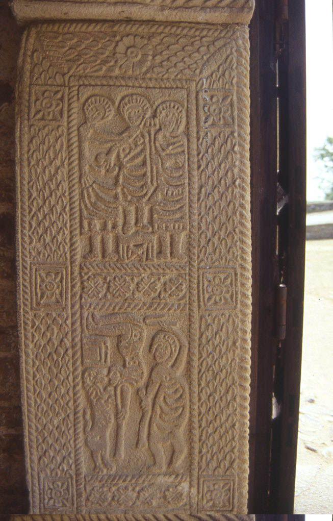 jambas de las puertas de san miguel de lillo similitud con el dptico consular de