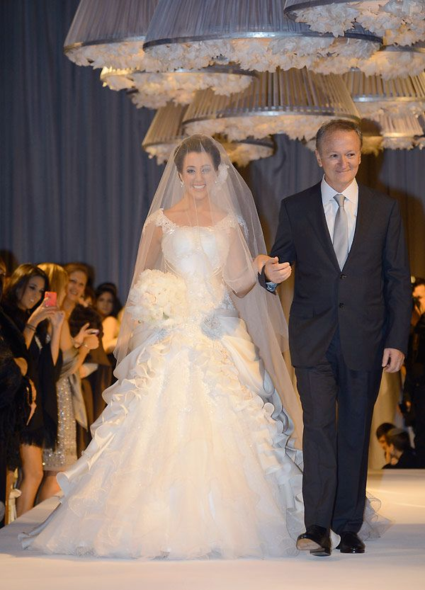 Vestido de noiva: Samuel Cirnansck