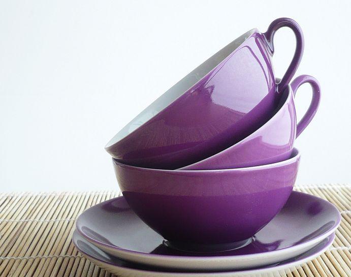 purple tea cups!
