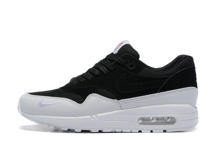 hot sale online 3ad7b 4f912 2018 New Nike Air Max 1 Ultra Moire 2016 Black White Oreo Shoe