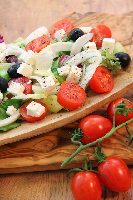 Kuchnia W Wersji Light Salatka Ala Grecka Caprese Salad Salad Caprese