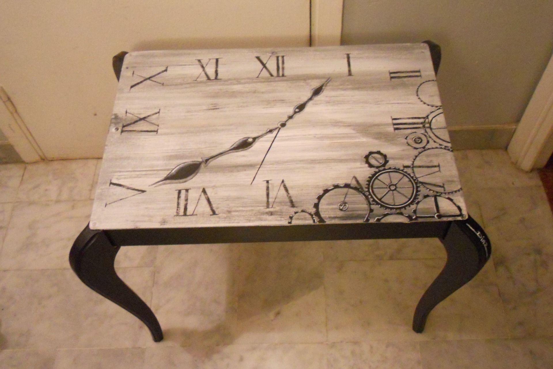 Table basse peinte la main 39 de style steampunk 39 d co - Table basse peinte ...