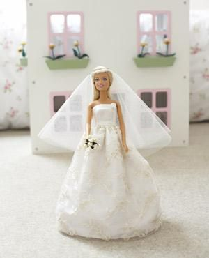 free sewing pattern for a barbie doll wedding gown (Good to know for future l...
