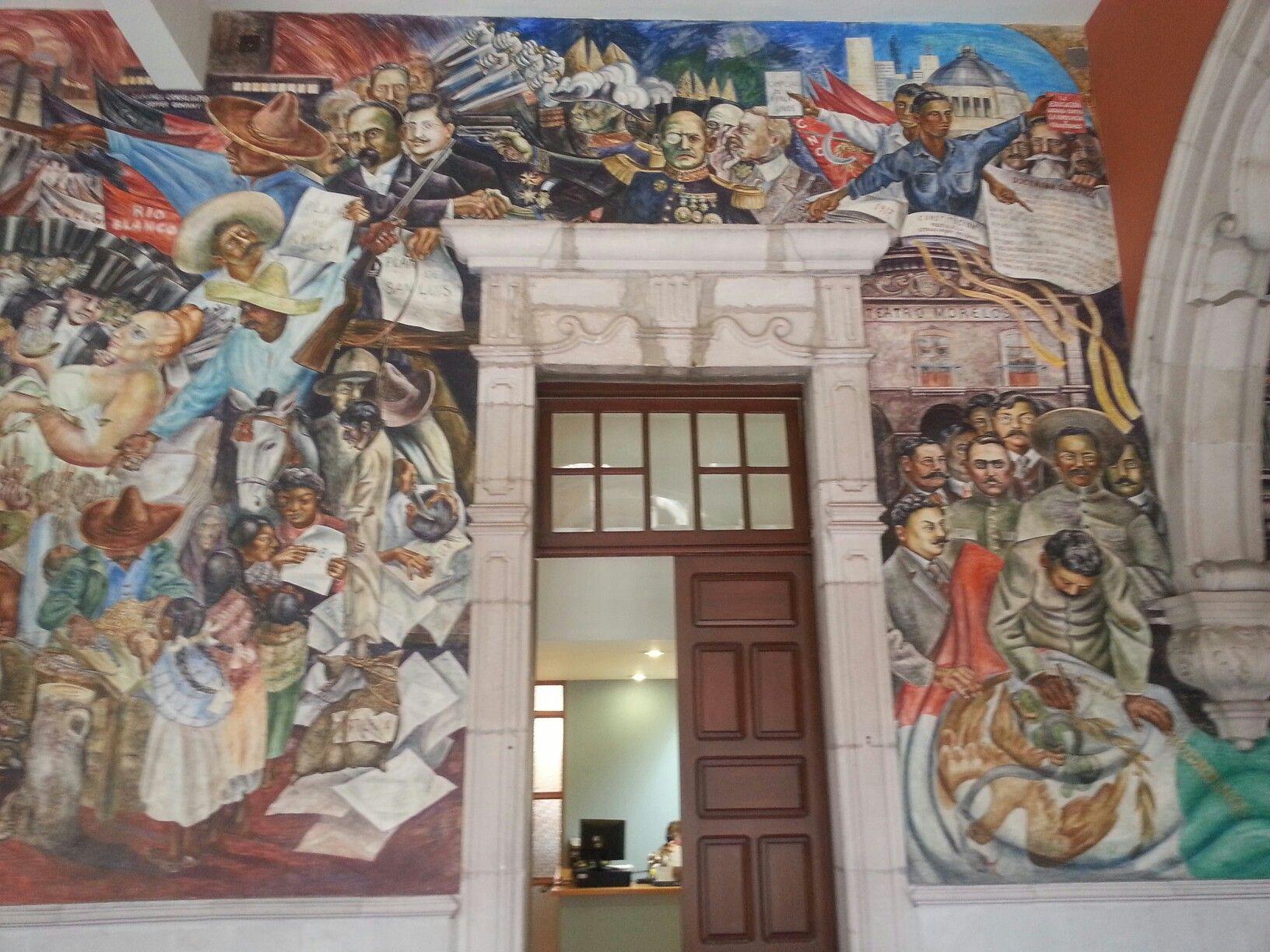 """Mural # 1. Ubicado en la planta baja del muro sur. En el segundo patio del Palacio de Gobierno del Estado. Aguascalientes. Esta es la parte central derecha del mural  de la """"Aguascalientes en la Historia"""" (1961). Obra del maestro chileno Oswaldo Barra Cunningham."""