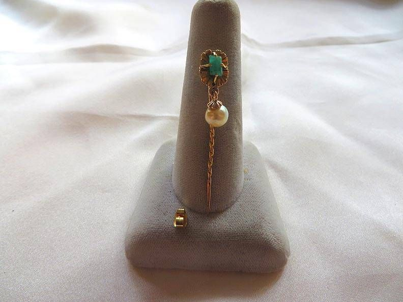 Very Fine 18kt. Gold Emerald & Pearl Stickpin From An Estate, Free USA Shipping $183.35