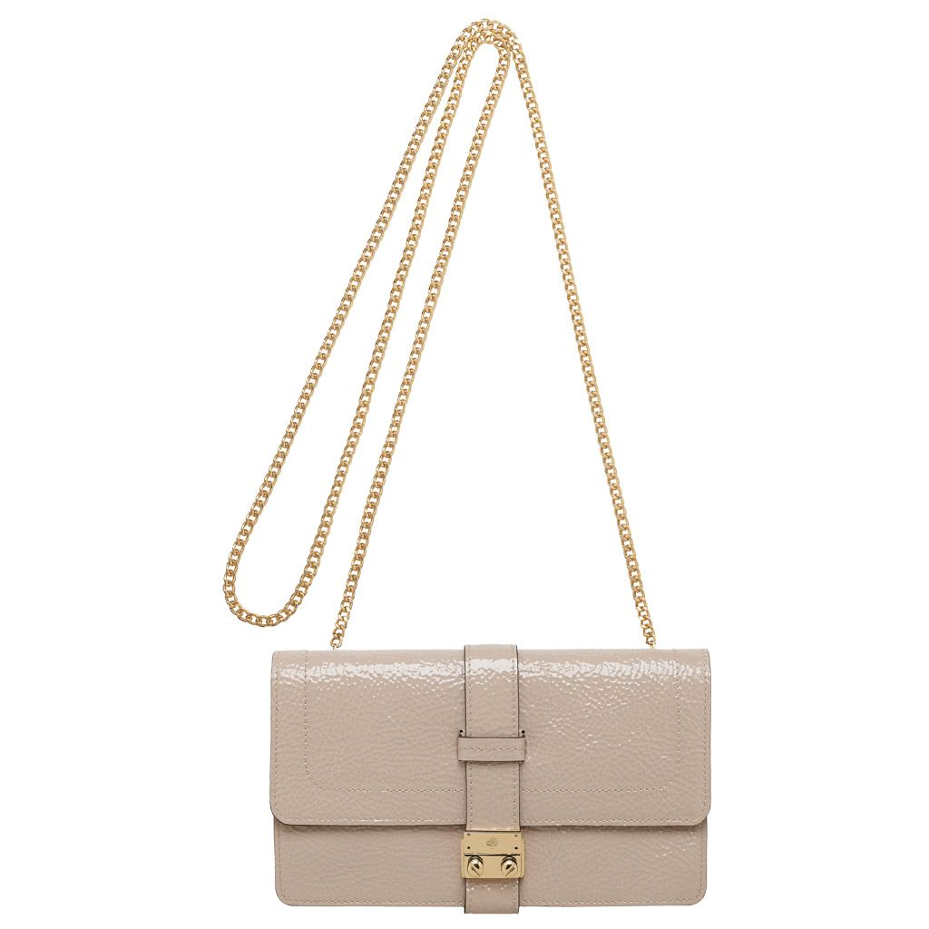 a86109096b33 Mulberry Harriet in Pebbled Beige Spongy Patent - An evening bag for the  summer