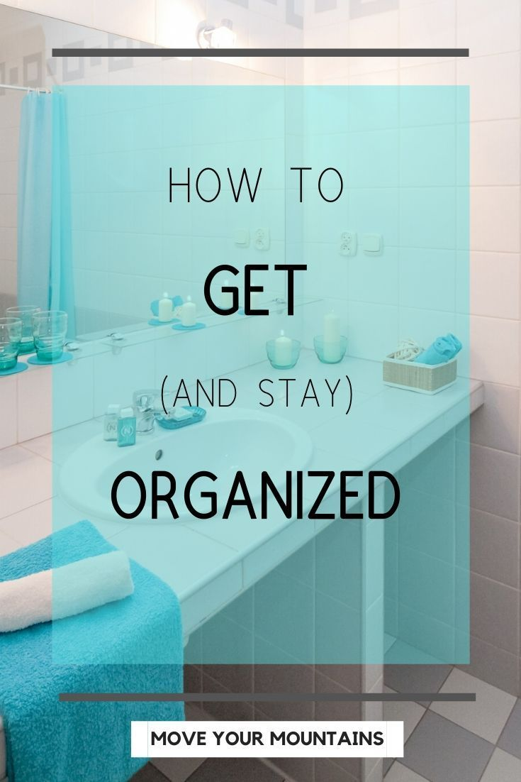 Here are 10 ways to organize your life when you're overwhelmed, feeling scattered, and want to be more productive and happier. #organized #organize #productivity #personalgrowth #selfimprovement #minimalism #simplify #simple #clean #declutter #planner #timemanagement #calendar #happiness #springcleaning #spring #motivation #fulfillment #habits #healthy #success