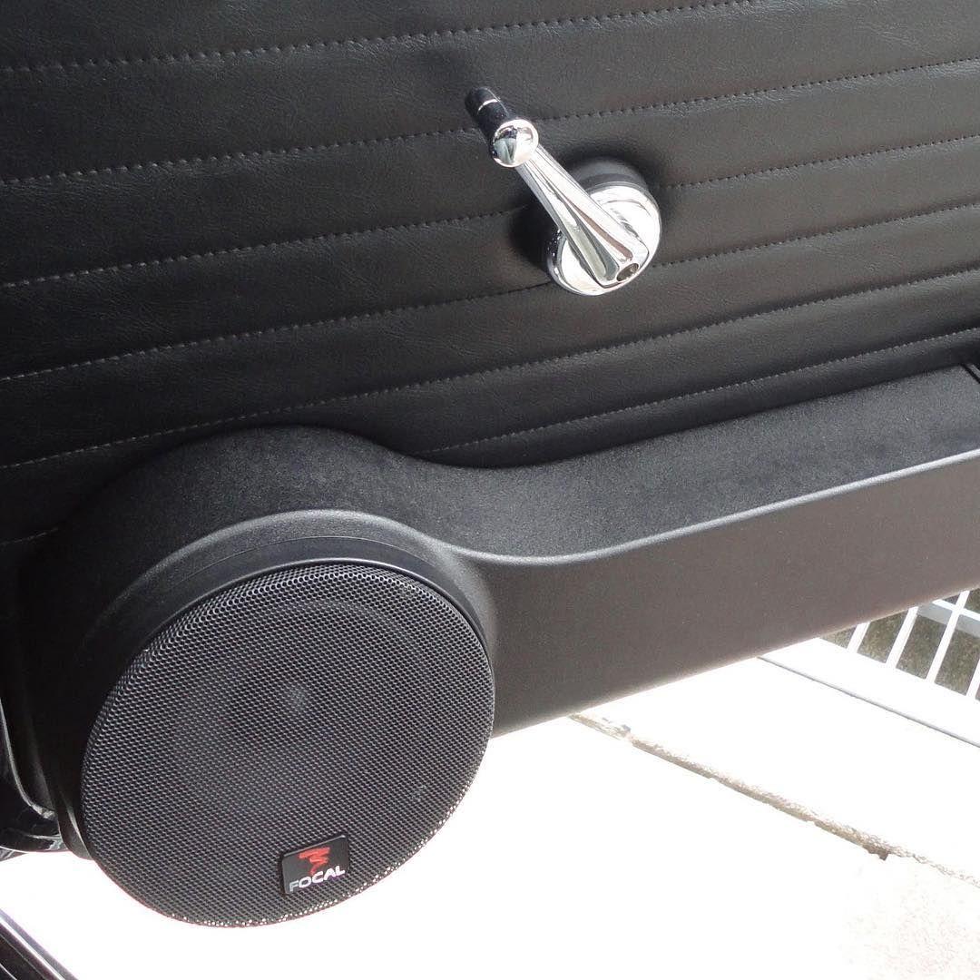 自作の密閉型ドアスピーカーとポケットですユニットはフォーカルの13cm2wayオライオンのアンプで鳴らしています ローバーミニ Classicmini Rovermini