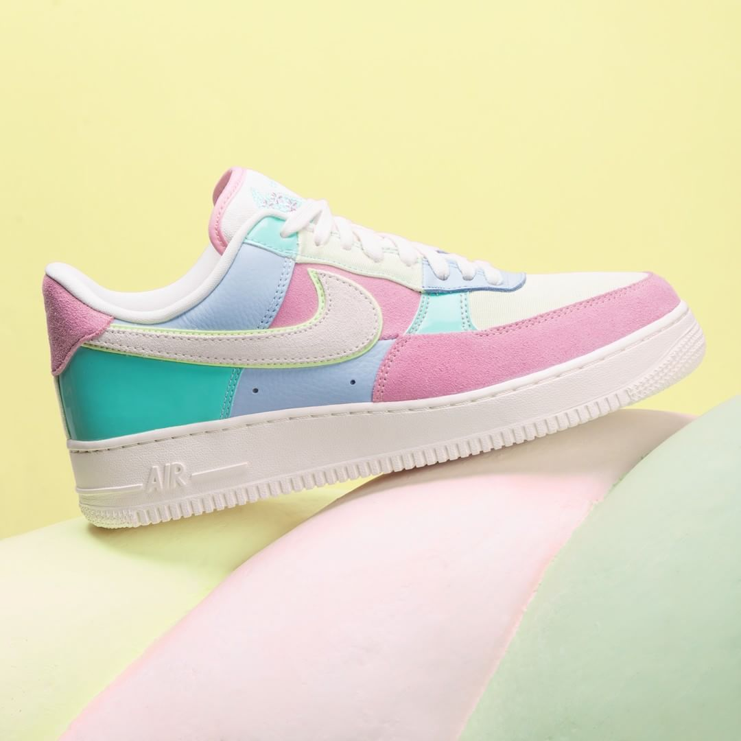 cd5651486b36  AF1 Easter for pastel lovers AH8462-400  svd  sivasdescalzo  sneakers   nike  kicks  streetwear
