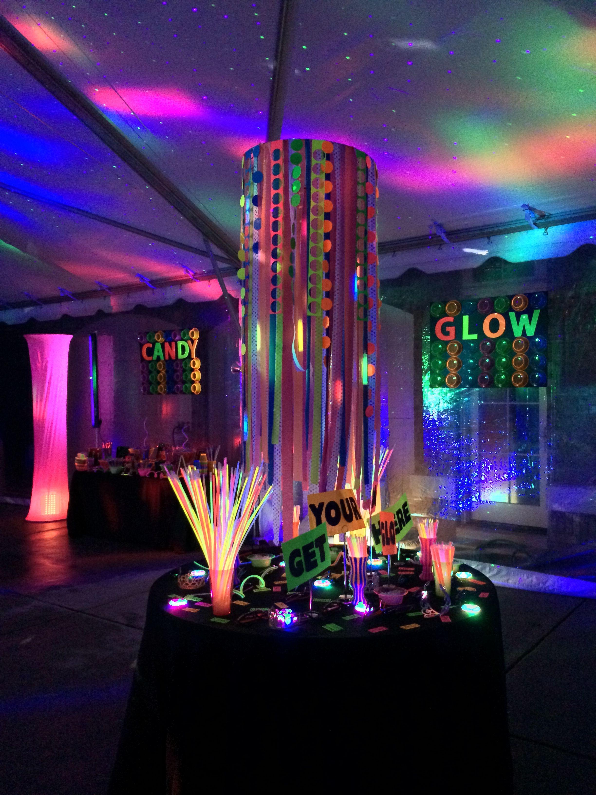 Time to get glowing... | Vestidos 15 | Pinterest | Fiesta de neón ...