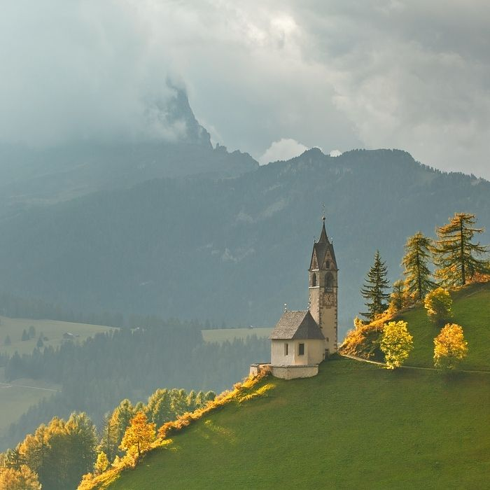 Wengen, (not Switzerland but ITALY) by (Daniel Rericha at 500px : original pinner) ... corrected.
