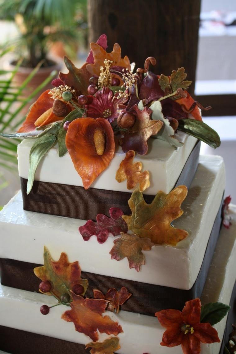 Gâteau De Mariage Automne Pour Une Célébration Sur Un Tapis