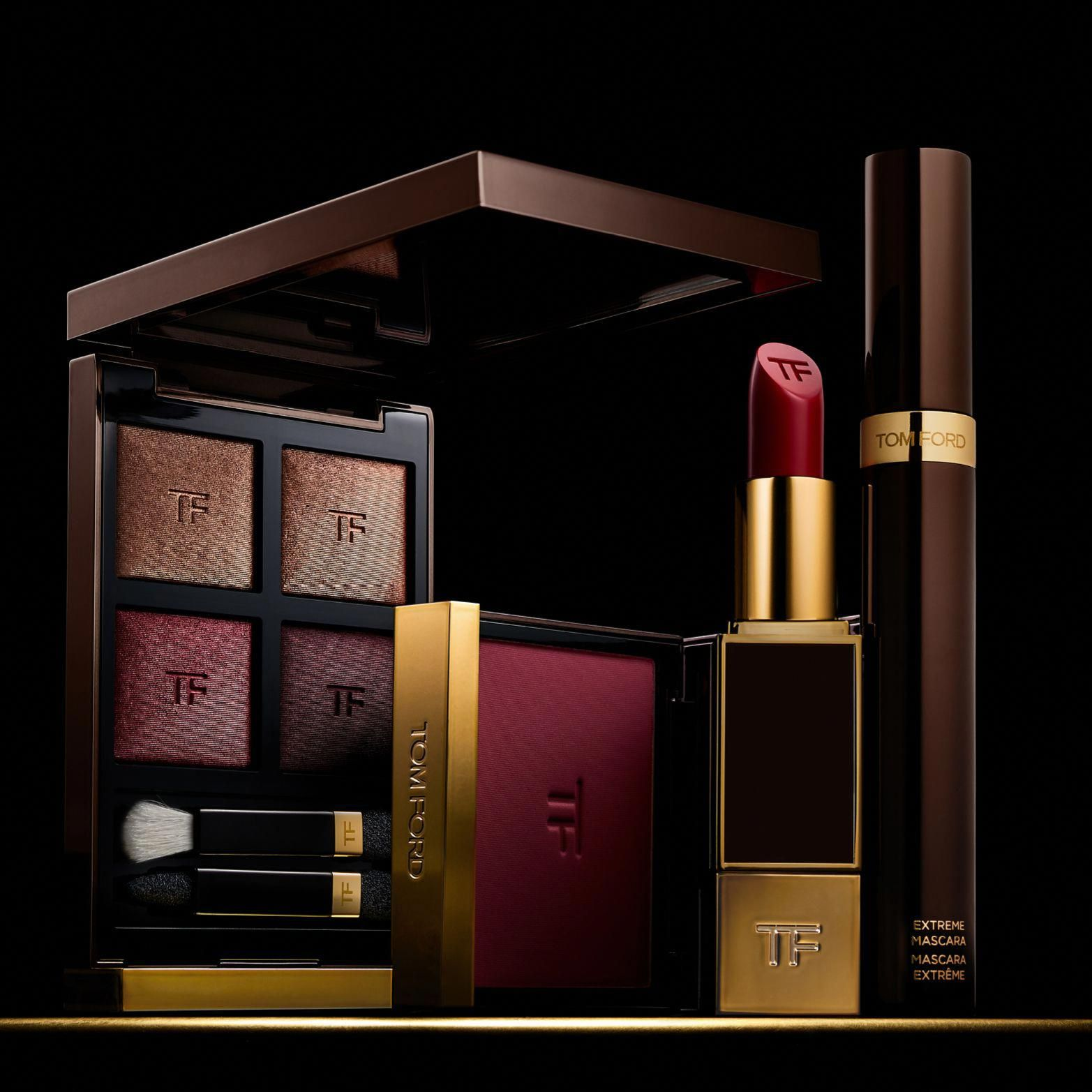 30af1a91b05 The luxury of Tom Ford color - Eye Color Quad in 04 Honeymoon ...