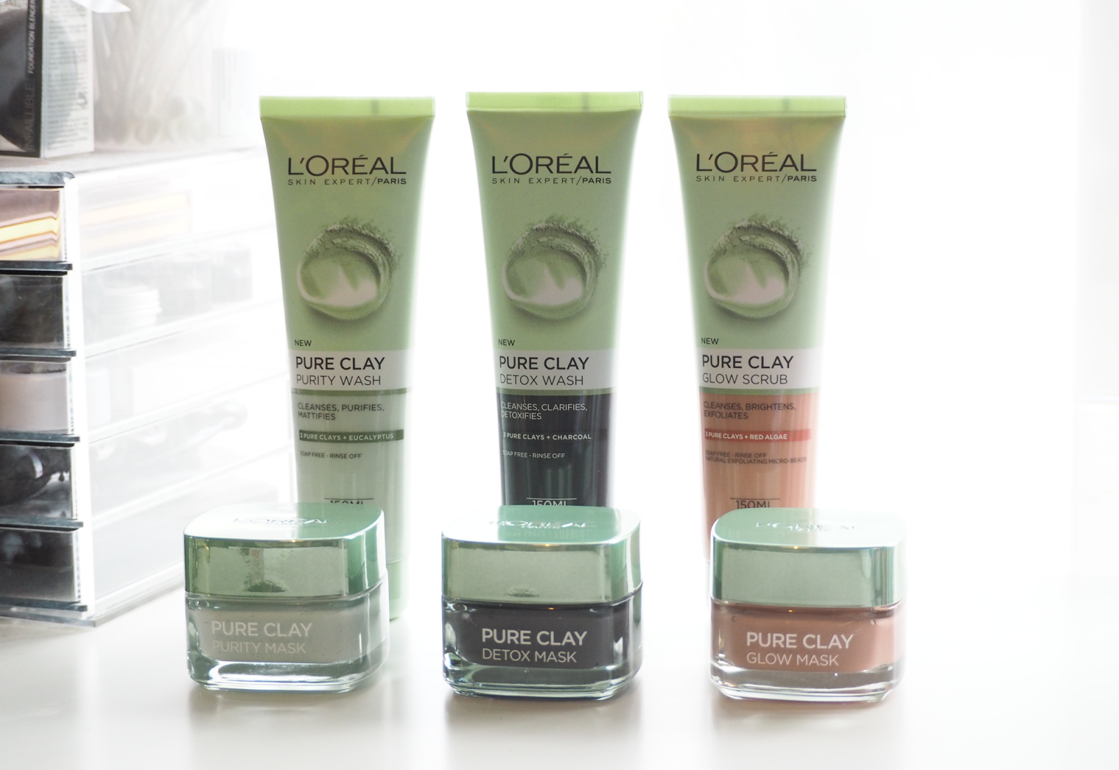 L'Oréal Pure Clay Face Wash and Scrub Reviews (With images