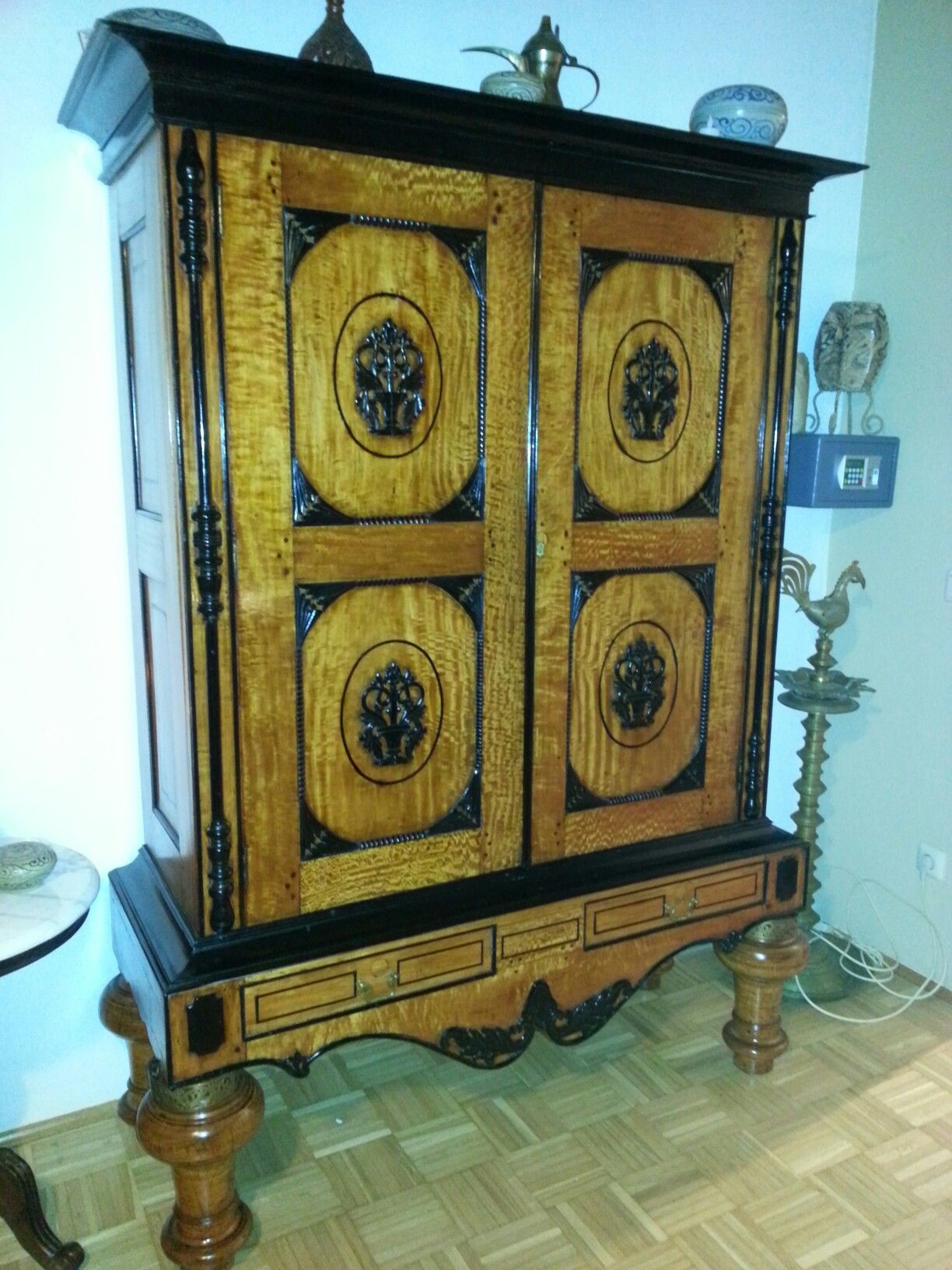 Pin auf Colonial Antiques made from exotic woods