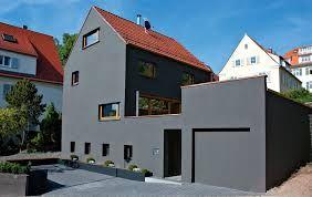 Bildergebnis für dunkelgraue Hausfassade