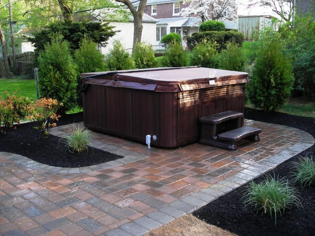 hot tub landscaping privacy backyard