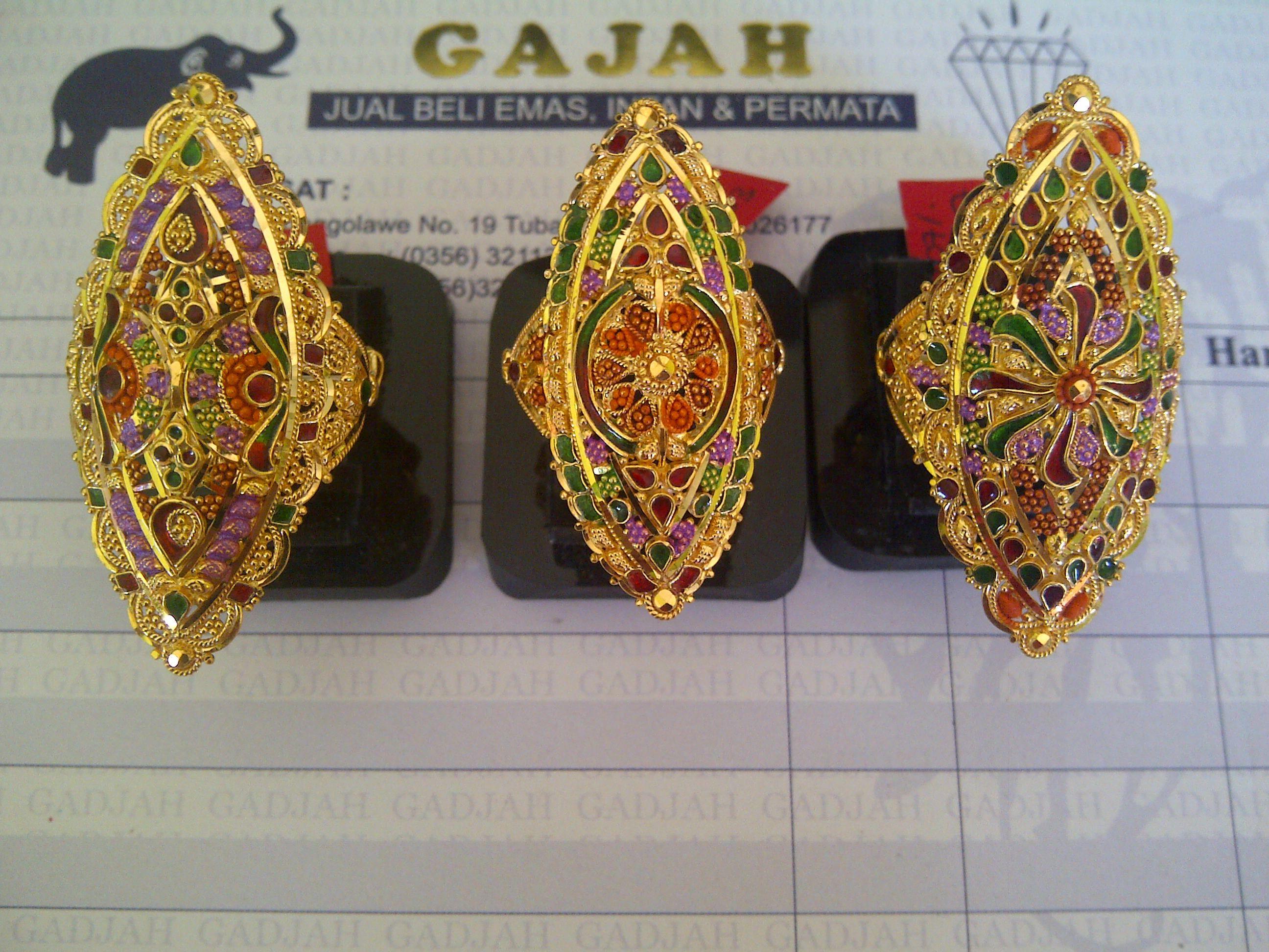 22k India / Dubai Gold Diamond shape Rings Classic