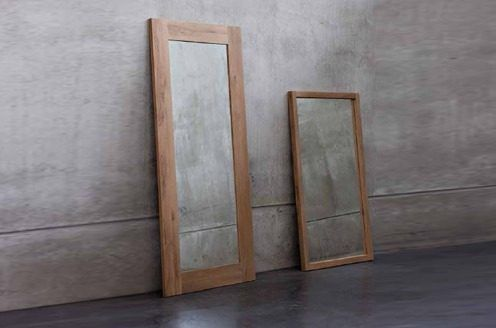 Espejos con marco de madera dise o moderna for Disenos de marcos de madera para espejos