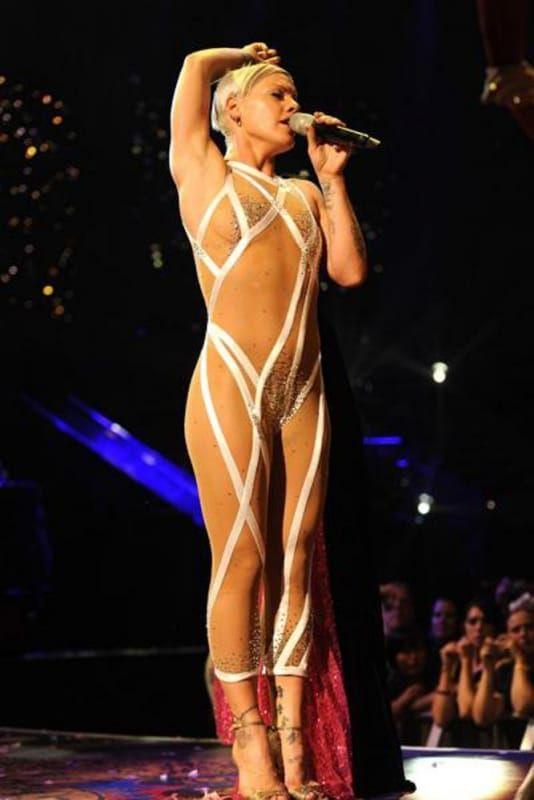 Singer pink nude at concert