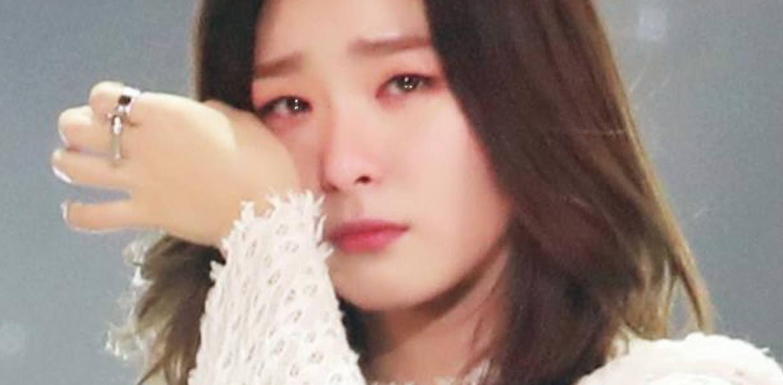 Red Velvet Seulgi Breaks Down Crying As She Reveals Why She Almost Quit Being An Idol Beludru Merah Wanita Selebritas